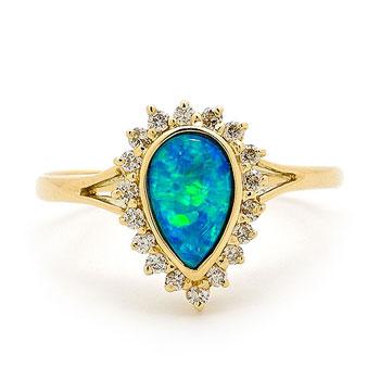 Opal Jewellery 18k Yellow Gold Light Opal Doublet Ring, opal jewellery